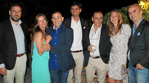 Víctor Fernández, Isabel Hernández, Gaspar Vidal, Stanis Planas, Julián Ribot, Teresa Mier y Rafa Ríos.
