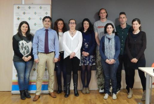 Fotografía del equipo investigador, liderado por el doctor Gonzalo Haro, profesor del Departamento Medicina y Cirugía de la Universidad CEU Cardenal Herrera en Castellón.