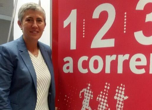La directora de Patrocinios de Santander España, Virginia Martínez de Murguía, posa en una imagen corporativa para esta entrevista.