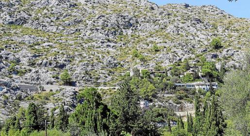 Los propietarios de la Font reclaman al Ajuntament su responsabilidad patrimonial por la inactividad.