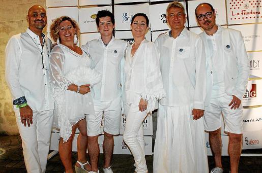 Karim Gaafar, Alicia Vázquez, Javier Molpeceres, Marga Coll, Alejandro Macià y Daniel Arjona, organizadores del evento.