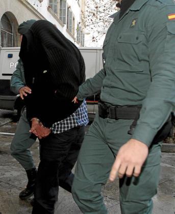 Uno de los detenidos a lo largo de la investigación a las policías locales de Palma y Calvià.