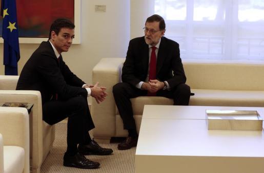 Mariano Rajoy y Pedro Sánchez en una foto de archivo.
