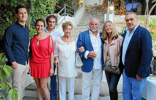 Joan Lladó, Idoia Ribas, Carlos Barceló, María Luisa Planet, Carlos Valencia, Carmen Tudela y Alfonso Robledo.