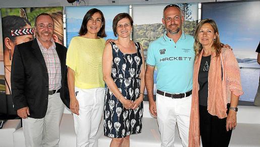 Ángel Puig, Pilar Carbonell, directora general de Turisme; Margarita Dahlberg, presidenta de la Asociación de Empresas Naúticas de Balears; Miquel Bauzá y Concepción de Oleza.