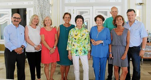 Nicolás Pomar, Carmen Gordó, Marisa Barral, Francisca Bennássar, Concepció Oliver, Montserrat América , Alejandro Bordoy, Núria Sánchez y Bernat Obrador.