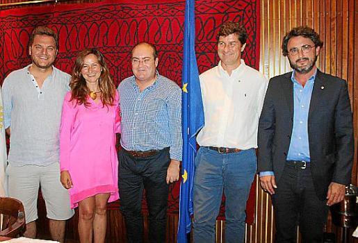 Estanis Pons, Juana M. Cardona, Miguel Á.Díaz-Paradela, Rafael Balaguer y Alberto Santolaria.