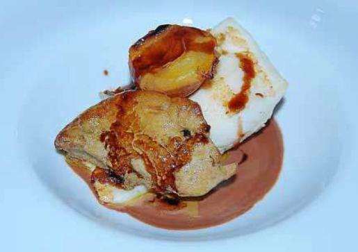 Guillermo Méndes, chef de El Olivo, presenta esta receta de rodaballo y foei gras.