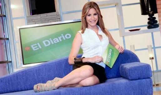 """Ainhoa Arbizu presentó """"El Diario"""" en verano."""