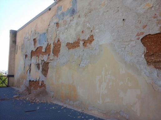 Desprendimiento de la muralla de época medieval en Es Baluard de Sant Pere.