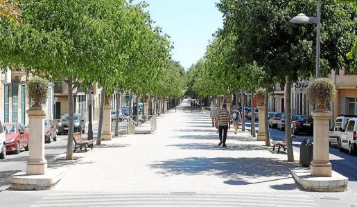 El paseo de Na Camel·la, construido en 1920, es una de las vías más emblemáticas de la ciudad.
