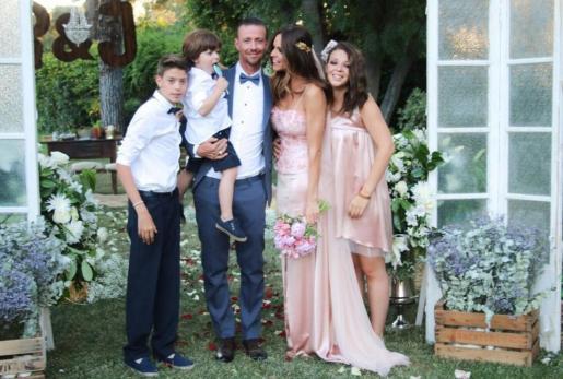 José María Gutiérrez 'Guti' y Romina Belluscio, tras la boda celebrada este jueves.