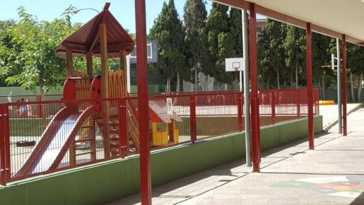 El alcalde de Palma, José Hila, ha visitado este lunes la Escola Graduada.