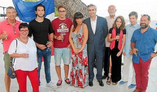 Patrick Jossi, Marie Christine Capart, Dan, Alan y Belén Bianchi, Michel Magnier, Jason Maisonneuve, Kemey, Medhy y Yann Baliner.