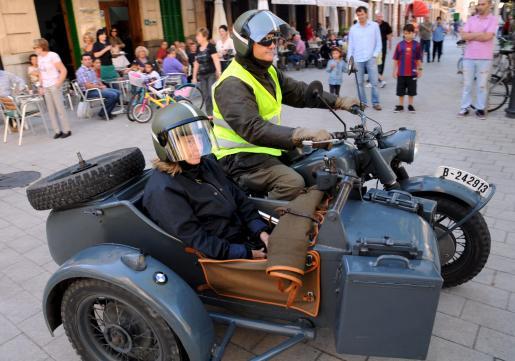 Una veterana moto, utilizada en la Segunda Guerra Mundial.