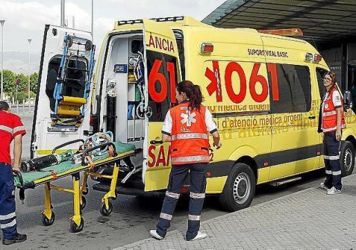 Imagen de una de las ambulancias.