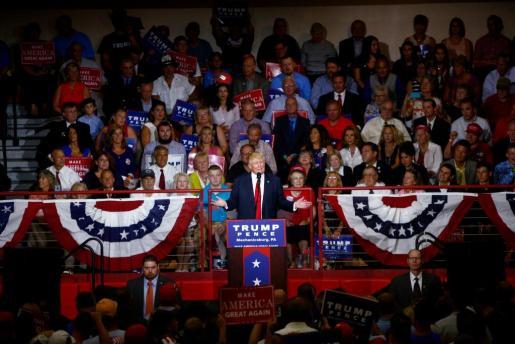 El candidato del Partido Republicano, Donald Trump, durante un acto de campaña en el instituto Cumberland Valley de Mechanicsburg, Pennsylvania.
