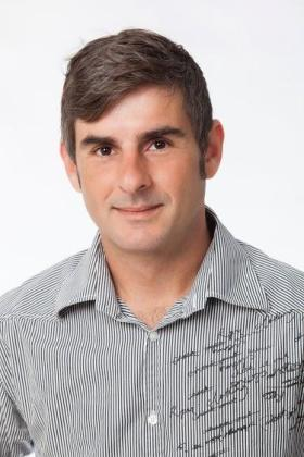 Israel Molina.