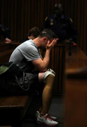 Foto de archivo de Oscar Pistorius, durante la celebración del juicio por el asesinato de su novia.
