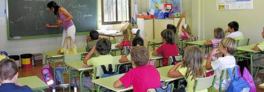 Esta disciplina capacita profesionalmente para atender las necesidades educativas, efectivas y personales de niños y niñas durante el período de escolarización obligatoria, especialmente en centros con alumnado con necesidades educativas especiales.