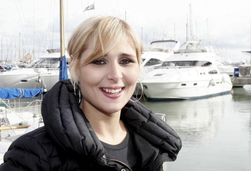 Junto al mar, Rosa López confiesa que por encima de su vida profesional está su vida privada.