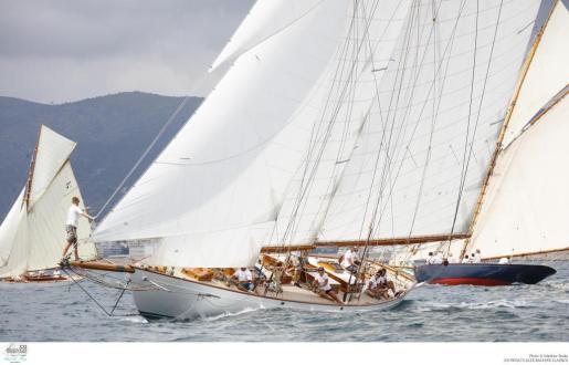 Imagen de la competición en la XXI edición de la Illes Balears Clàssics-Vela Clásica Mallorca.