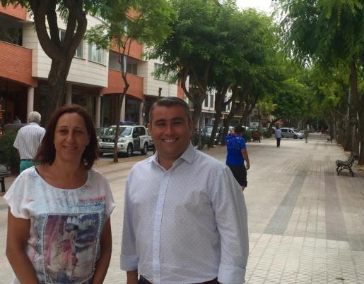María José Fernández y Virgilio Moreno durante el anuncio de la iniciativa de un nuevo mercado.