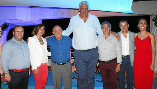Tommy Ferragut, Pilar Carbonell, Tomeu Catalá, Fernando Romay, Guillermo Cladera, Antoni Ferrer y Vanessa Sánchez.