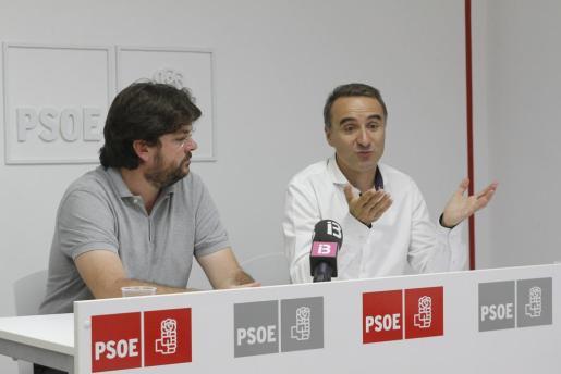 Vicenç Tur y Pere Joan Pons, diputado del PSOE en el Congreso.