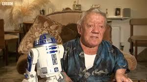 Kenny Baker fue R2-D2 en seis de las siete películas de 'La guerra de las galaxias'.