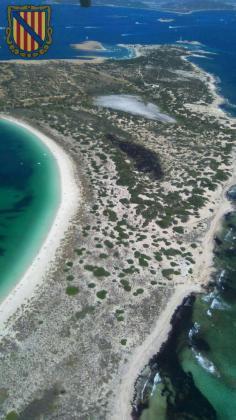 Vista aérea de s'Espalmador facilitada por los medios de extinción del incendio.