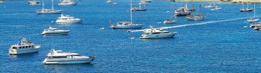 Barcos en Ibiza.