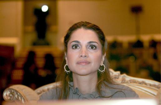 La reina Rania de Jordania ha sido sometida a una operación para tratarle una arritmia en Nueva York.