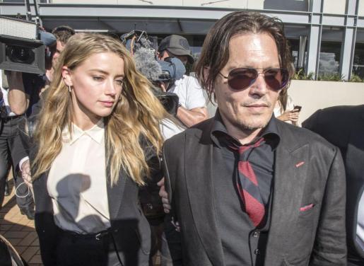 Amber Heard y Johnny Depp juntos en australia.