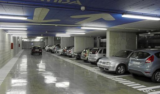 Imagen del aparcamiento del mercado cubierto, con capacidad para 212 plazas.