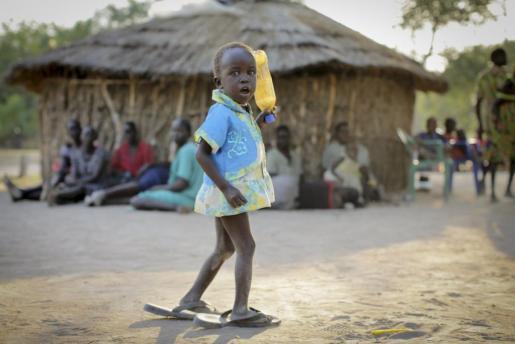 Un niña de Sudán del Sur en un campo de refugiados de Uganda.