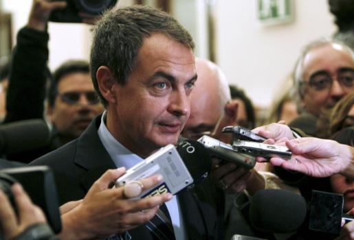 El presidente del Gobierno, José Luis Rodríguez Zapatero, en declaraciones a los medios de comunicación el día de la huelga general.
