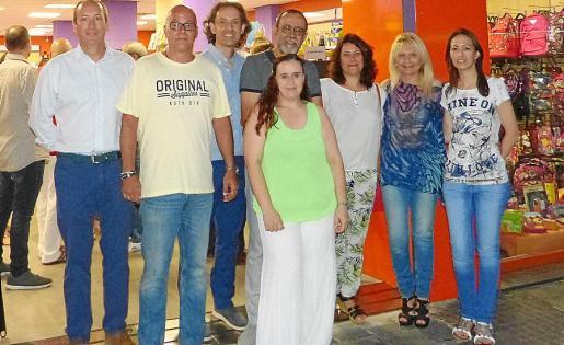 Juan Salvà, Julián Parra, Nicolás Garau, Cristina Ortiz, Juan Gutiérrez, Eva Bielsa, Mayte Llompart y Teresa Bleda.