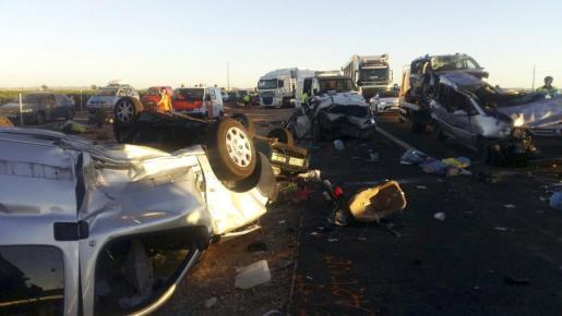 Fotografía facilitada por Emergencias Ciudad Real del accidente de tráfico.