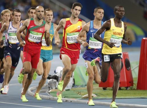 David Bustos, compitiendo durante la semifinal de los 1500 metros de los Juegos Olímpicos Río 2016.