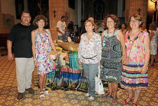 Pep Guerrero, Antonia Mora, Clara Bertola, Maribel Guerrero y Glória Sánchez.