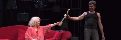 Captura de una escena de la obra 'La velocidad del otoño'.