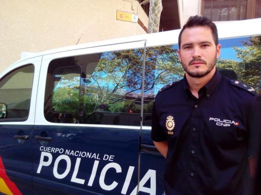 Gabriel M.V., el policía que salvó a dos niños de morir ahogados en Son Serra de Marina.
