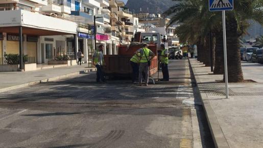 La primera fase de las obras en la primera línea del Port de Pollença se hizo el invierno pasado.