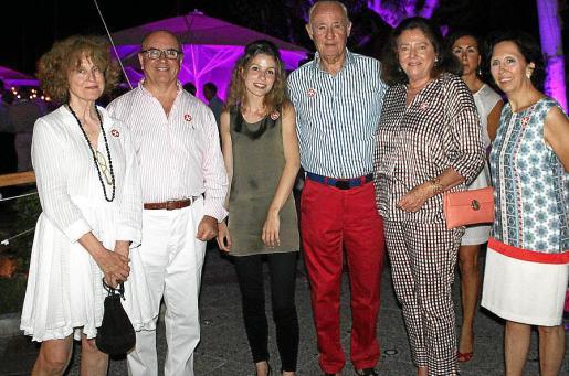 Irene Stillman, José Francisco Villalonga, Ana Stillman, José Francisco Conrado, Ana Rosa Pidal, Fanny Villalonga y Alicia Zaforteza.