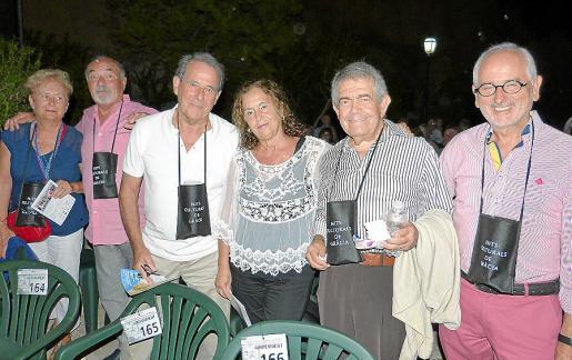 Margalida Crespí, Llorenç Mas, Santiago Segura, Paquita Vicente, Nofre Vanrell y Pedro Vidal.