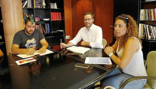 Jan Gómez, presidente de Ben Amics, exigió al alcalde de Palma que tomara medidas contra los ataques homófobos.