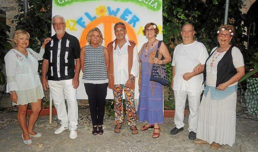 Catalina Creus, Toni Comas, Catalina Grúa, Manolo Cádiz, Josefa Cuesta, Rafael Ortiz y María Valiente.
