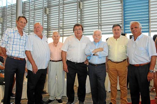 Juanjo Lemm, Joan Mas, Mateu Martorell, Miquel Bestard, Jaume Estarellas, Sebastiá Rico y Antoni Ferragut, presidentes de federaciones deportivas.