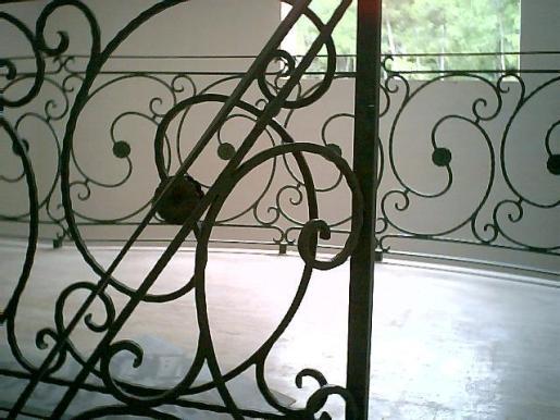 En Ferro Dolç realizan todo tipo de trabajos en metal, como esta barandilla.